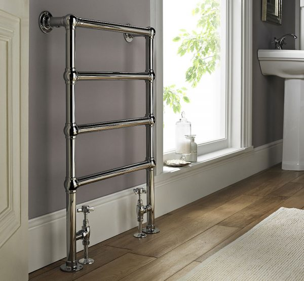 Vogue-Ballerina-Towel-Rail---Chrome
