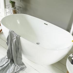 Waters Brook 2 Acrylic Freestanding Bath